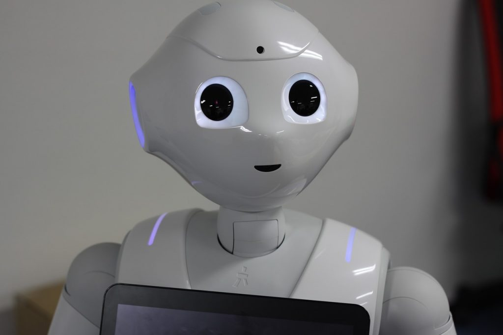 みずほ銀行ではIBM Watsonとソフトバンクのヒト型ロボットpepperを組み合わせ|人工知能を搭載した製品・サービスの比較一覧・導入活用事例・資料請求が無料でできるAIポータルメディア