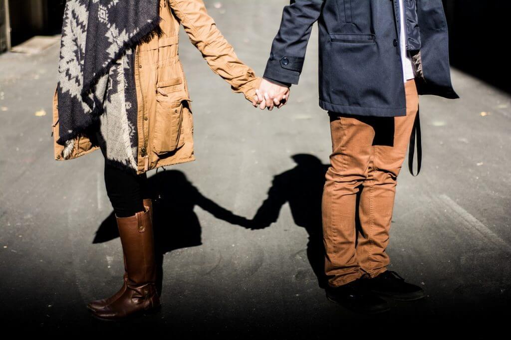 仕事探し、婚活でのサポート事例!人と人の出会いをAIがマッチングする時代がやってきた|AI・人工知能製品・サービス・ソリューション・プロダクト・ツールの比較一覧・導入活用事例・資料請求が無料でできるメディア