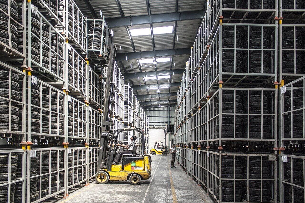 ■工場(製造業)が抱えている問題とは|人工知能を搭載した製品・サービスの比較一覧・導入活用事例・資料請求が無料でできるAIポータルメディア