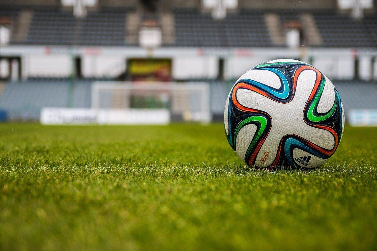 ■サッカーの試合映像を分析して勝敗を予測するAI|人工知能を搭載した製品・サービスの比較一覧・導入活用事例・資料請求が無料でできるAIポータルメディア