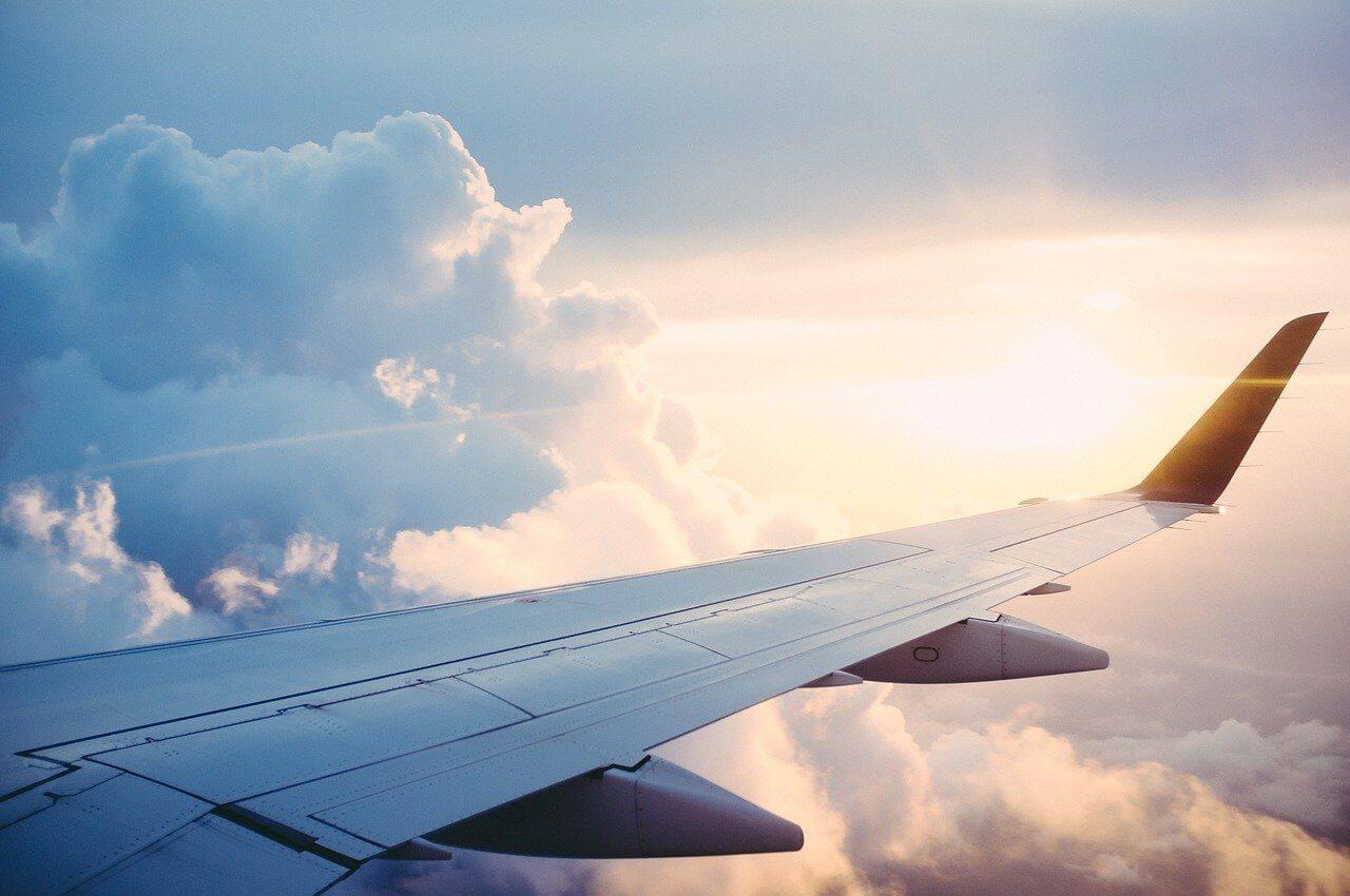 航空業界へのAI・人工知能導入が進むことで生まれる変化とは? 人工知能を搭載した製品・サービスの比較一覧・導入活用事例・資料請求が無料でできるAIポータルメディア